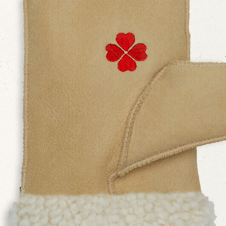 Fausthandschuhe aus Fellvelours : Accesorios color Camel