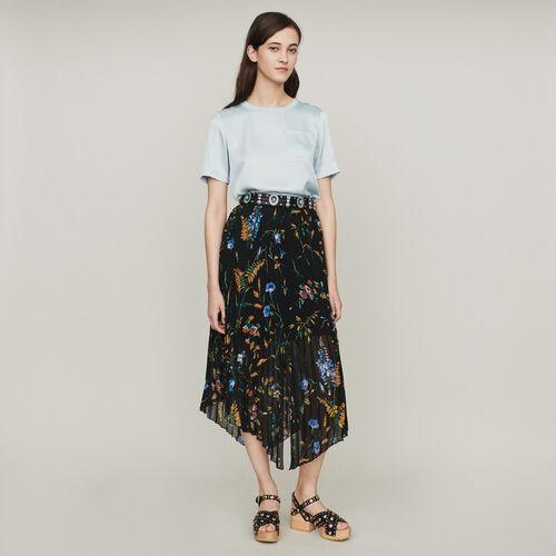 Printed pleated dress : Faldas y shorts color NEGRO