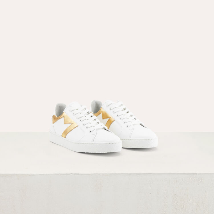 Sneakers with a M insert : Zapatos color Dorado