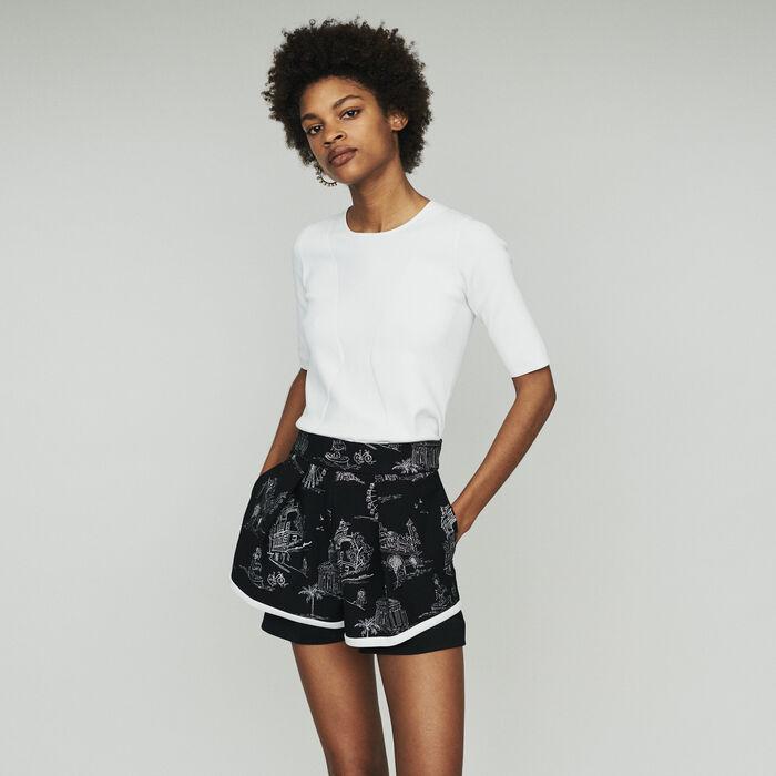 Short de crepé bordado : Faldas y shorts color Negro