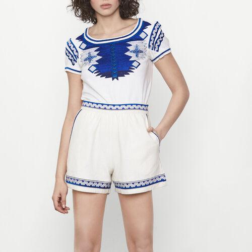 Short de lino con bordados étnicos : Faldas y shorts color Crudo