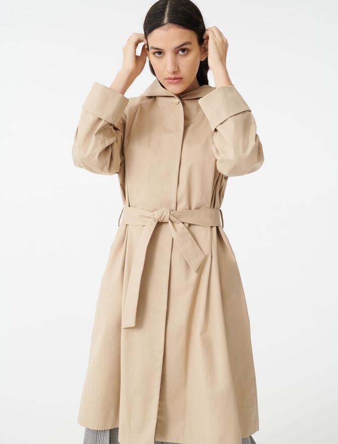 Abrigo tipo gabardina cinturón y capucha - Abrigos - MAJE