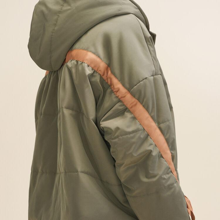 Plumón corto con capucha : LAST CHANCE color Caqui