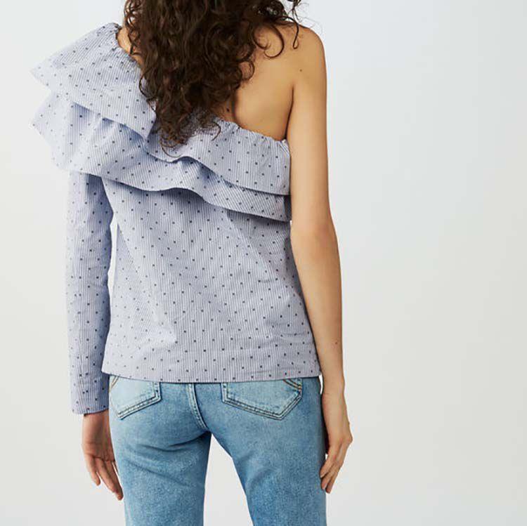 Top de rayas con hombros asimétricos : Tops color Azul