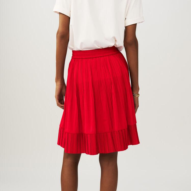 Falda corta cruzada plisada : Faldas y shorts color ROUGE