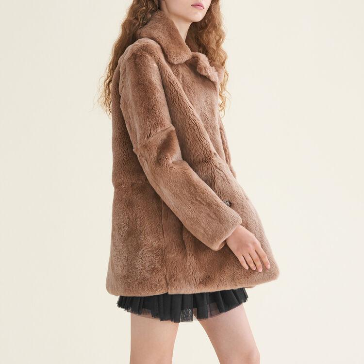 Mantel aus Kaninchenpelz : Abrigos color Beige