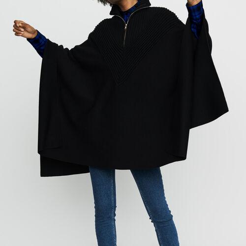 Poncho de punto cuello camionero canalé : Nueva Colección color Negro
