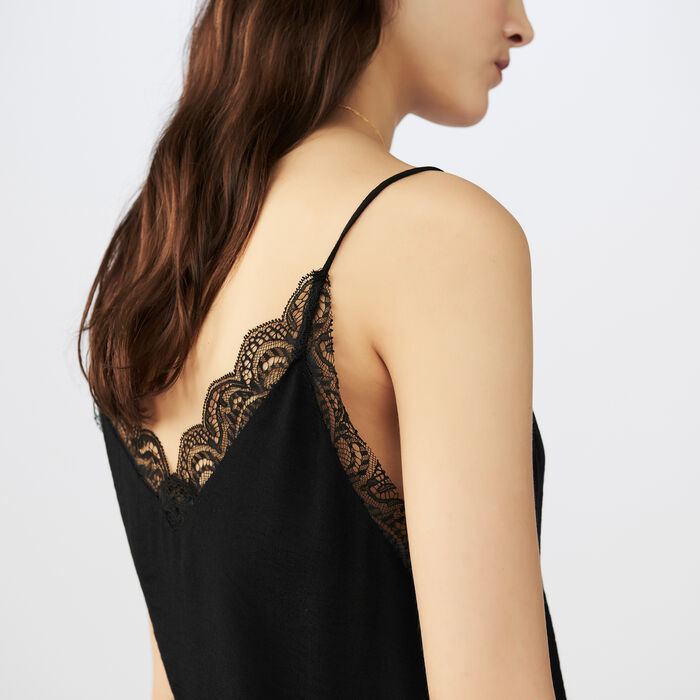 Caraco de crepe con encaje : Tops color Negro