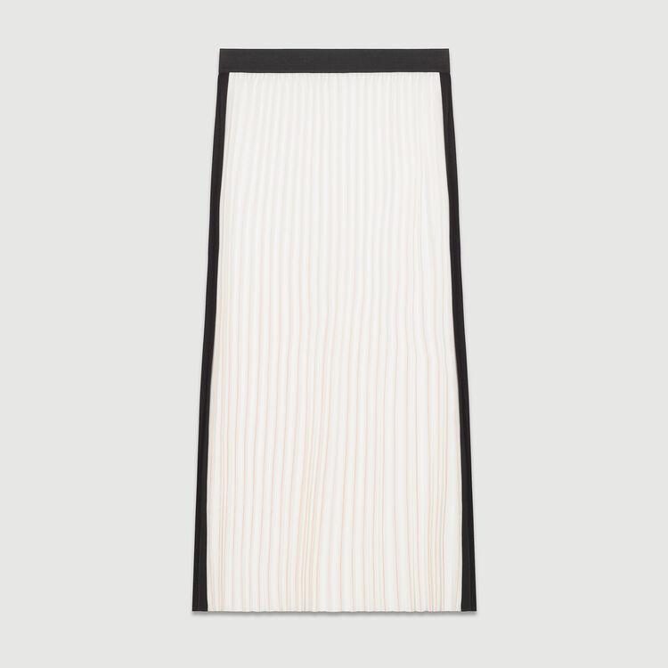 Long pleated skirt : Faldas y shorts color ECRU