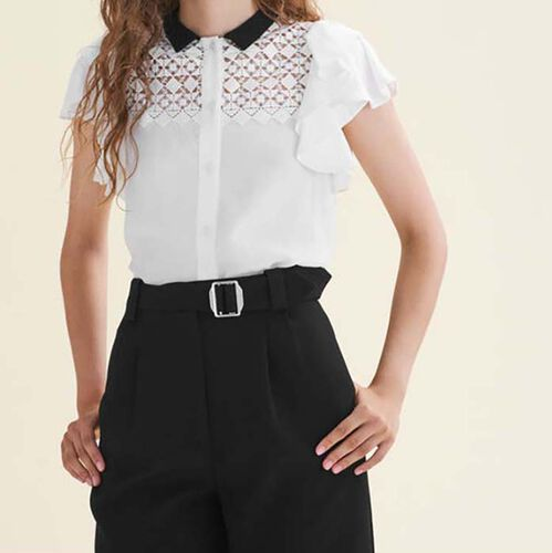 Camisa bicolor con bordado y volantes : Tops color Blanco Roto