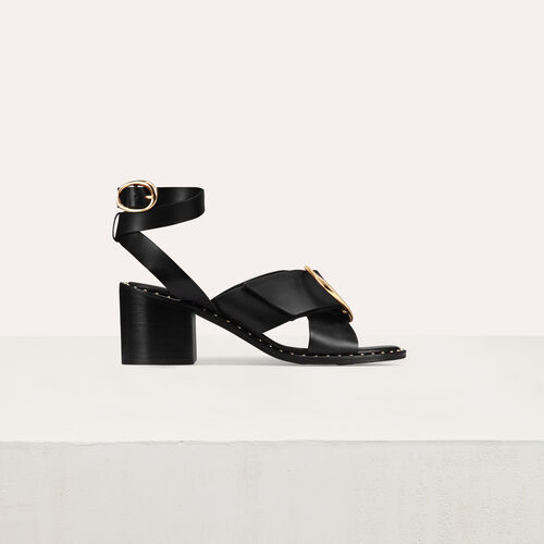Sandal with buckle : Zapatos de tacón color Negro