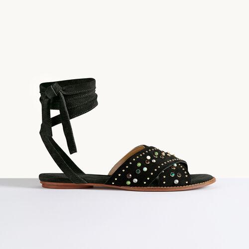 Sandalias planas con tachuelas - Zapatos - MAJE