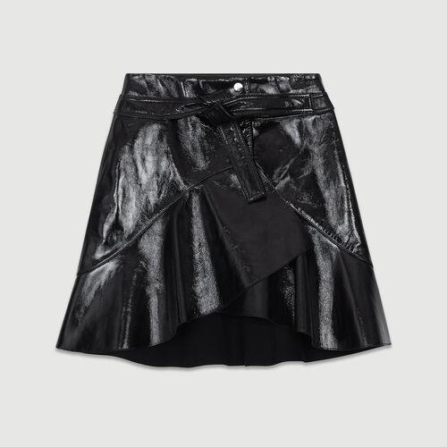 Falda asimétrica de charol : Prêt-à-porter color Negro