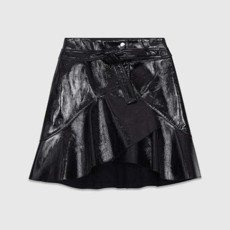Falda asimétrica de charol : Faldas y shorts color Negro