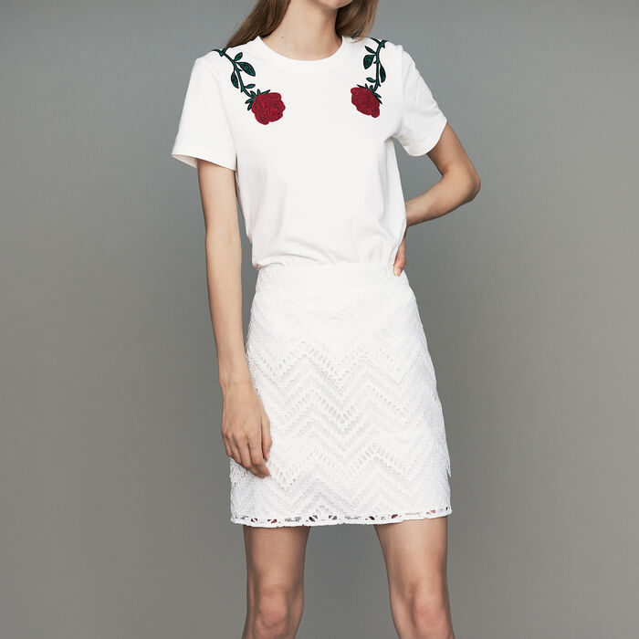 Falda corta con juego de encaje : Nueva Colección color Blanco