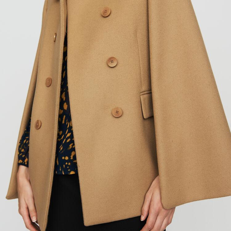 Abrigo-capa de lana virgen : Abrigos color Camel