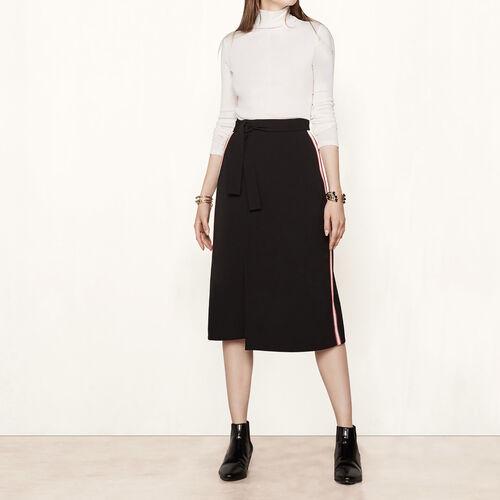Falda con faldón y franjas laterales : Faldas y shorts color Negro