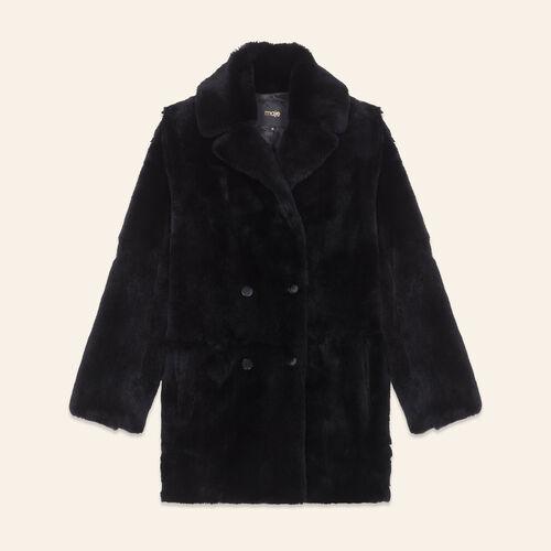 Mantel aus Kaninchenpelz : Abrigos color Negro
