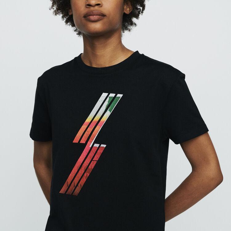 Camiseta con serigrafía bordada : T-Shirts color Negro