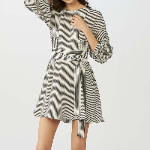 Vestido ceñido en la cintura a rayas : Vestidos color Rayas