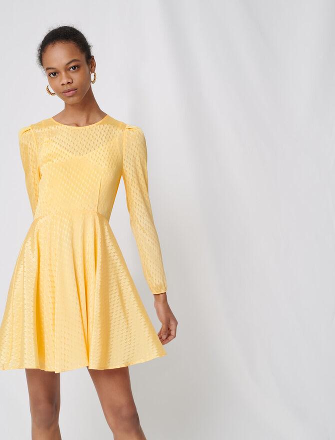 Vestido con vuelo amarillo de jacquard - Vestidos - MAJE
