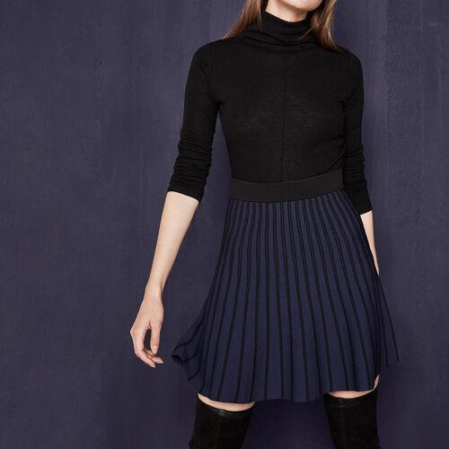 Falda de punto a rayas bicolor : Faldas y shorts color Negro