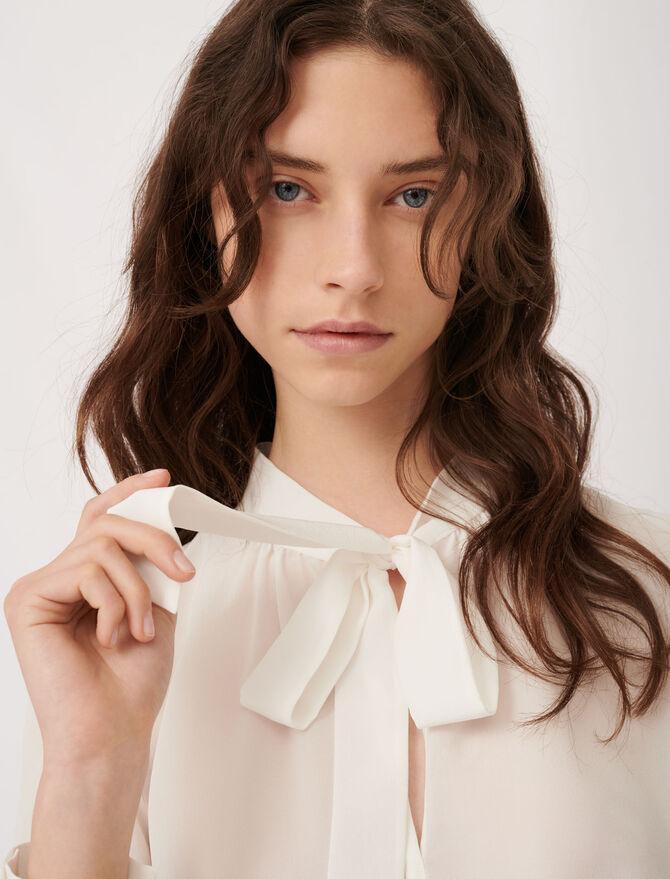 Blusa con lazada de seda - Tops y Camisas - MAJE