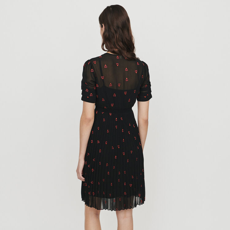 Dress with hearts embroidery : Vestidos color Negro