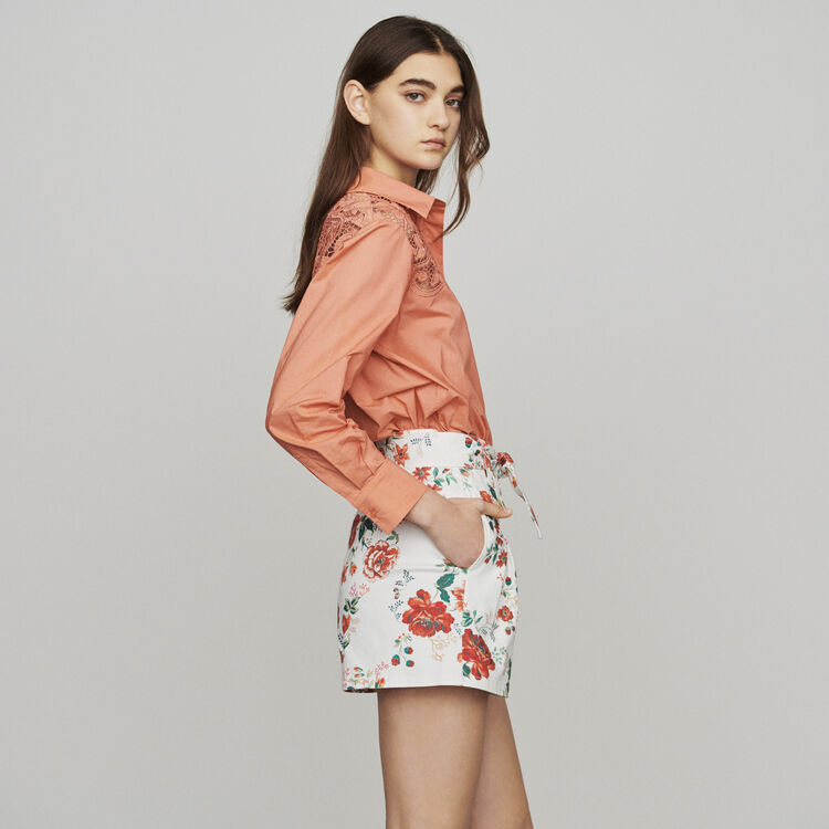 Short denim estampado floral : Faldas y shorts color IMPRIME