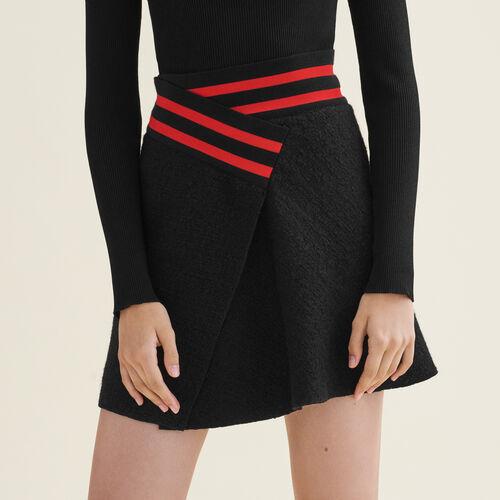 Falda asimétrica de cheviot : Faldas y shorts color Negro