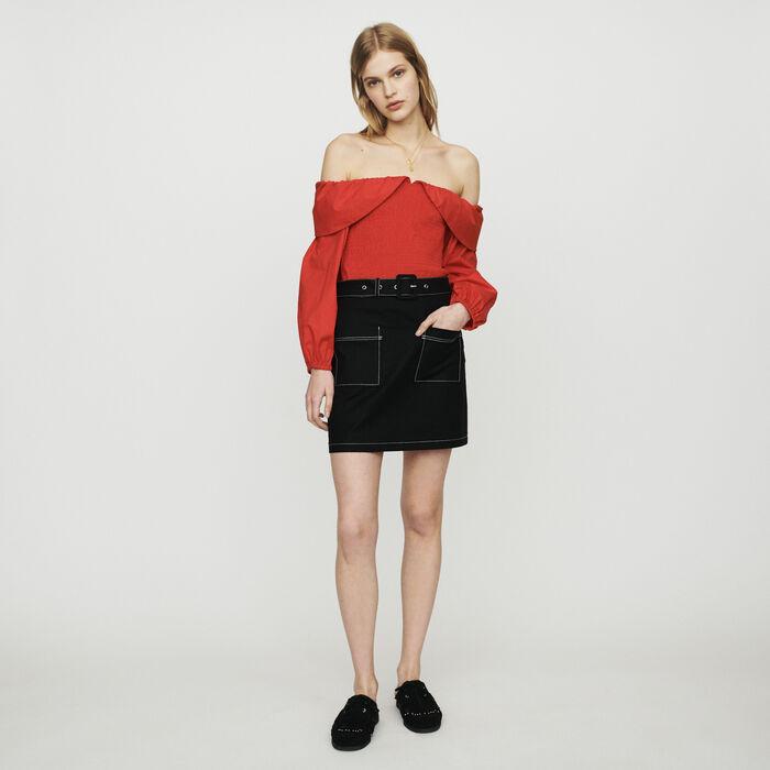 Falda corta con juego de pespuntes : Faldas y shorts color Negro