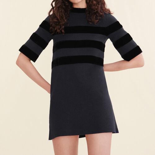 Vestido corto de punto cerrado - Vestidos - MAJE