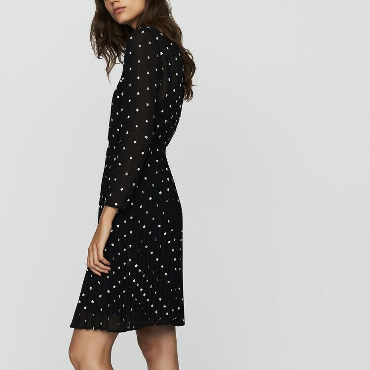 Vestido plisado con bordados : Nueva Colección color NEGRO