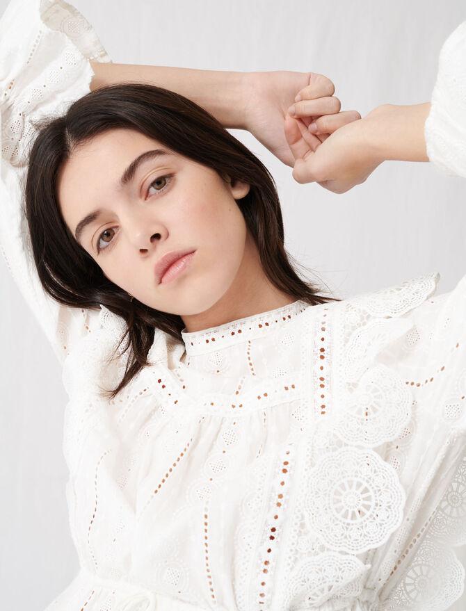 Top blanco con bordados ingleses - Tops y Camisas - MAJE