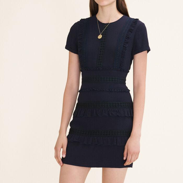 Kurzes Kleid mit Rüschendetails : Vestidos color Noche