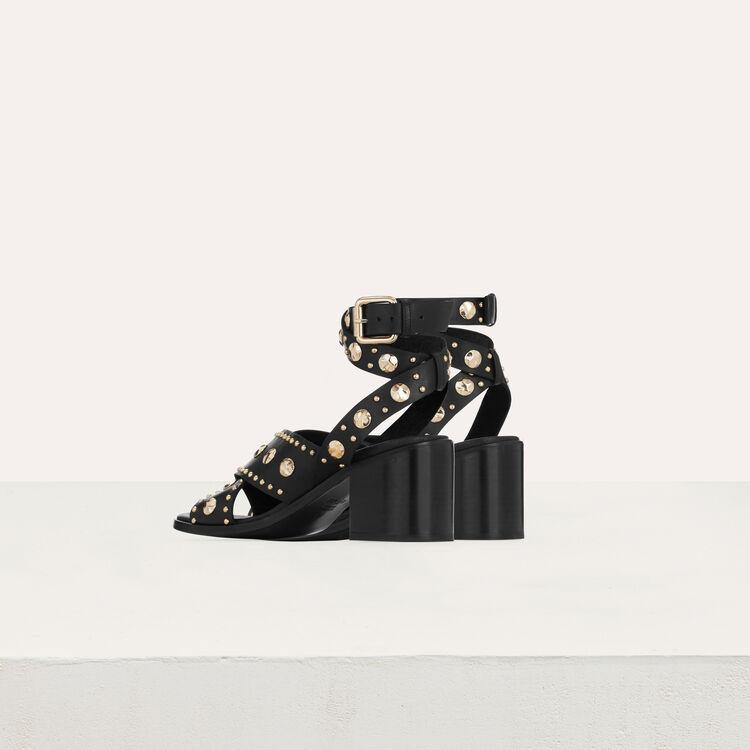 Sandalias con tacon de cuero y tachuelas : Zapatos de tacón color Negro