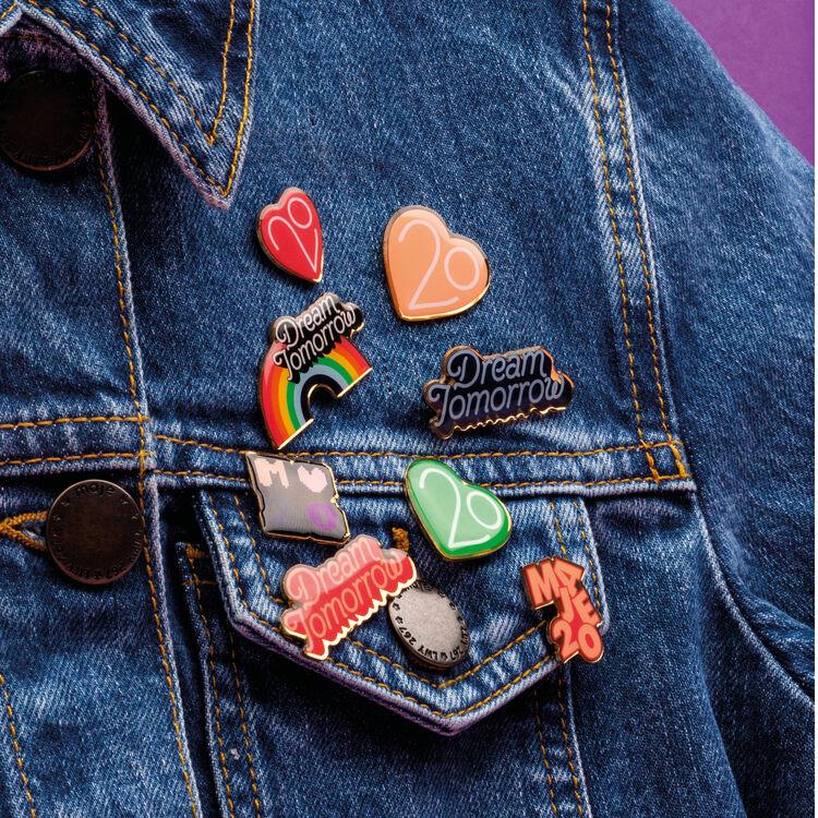 Pins X 20 años : Ver todo color Multicolor