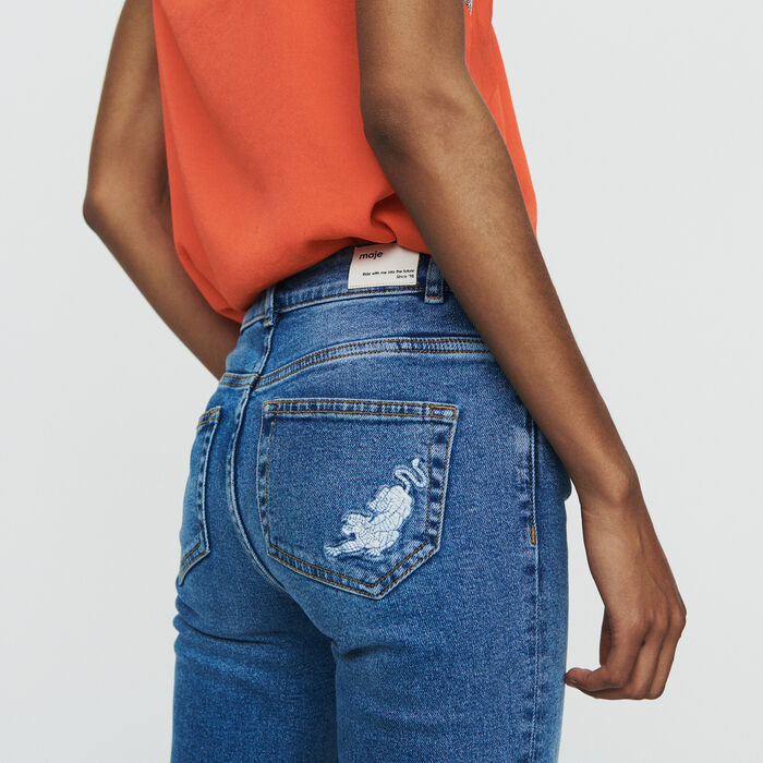 Jean recto con flecos y bordados : Pantalones y Jeans color Denim