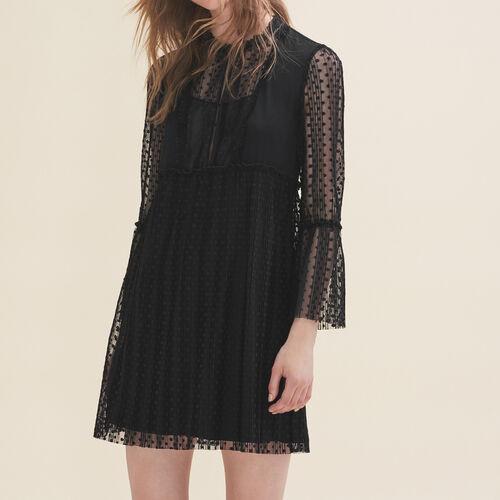 Vestido vaporoso con plumetis : Vestidos color Negro