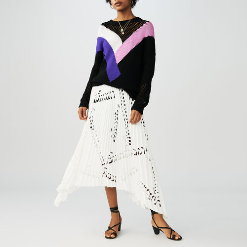 Black jumper with geometric pink : Malla color Negro