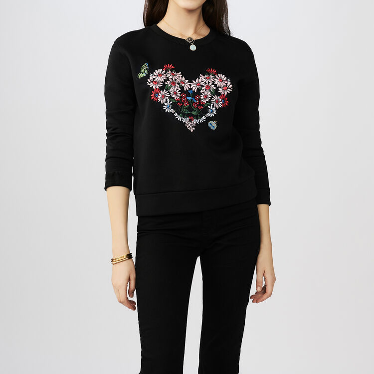 Sweatshirt with a flowered heart : T-Shirts color Negro