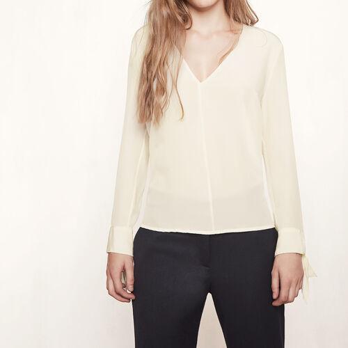 Blusa de seda con detalles anudados : Tops color Crudo