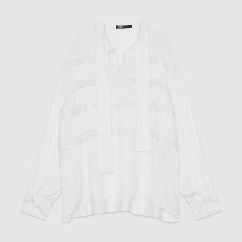 Blusa con volantes bordados : Camisas color Blanco