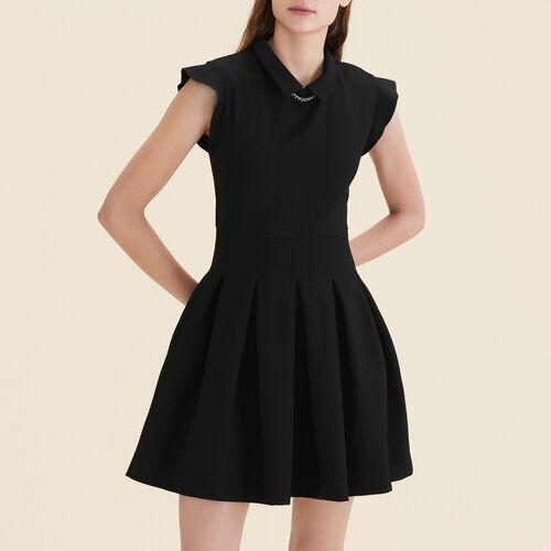 Vestido plisado de crepé : Vestidos color Negro
