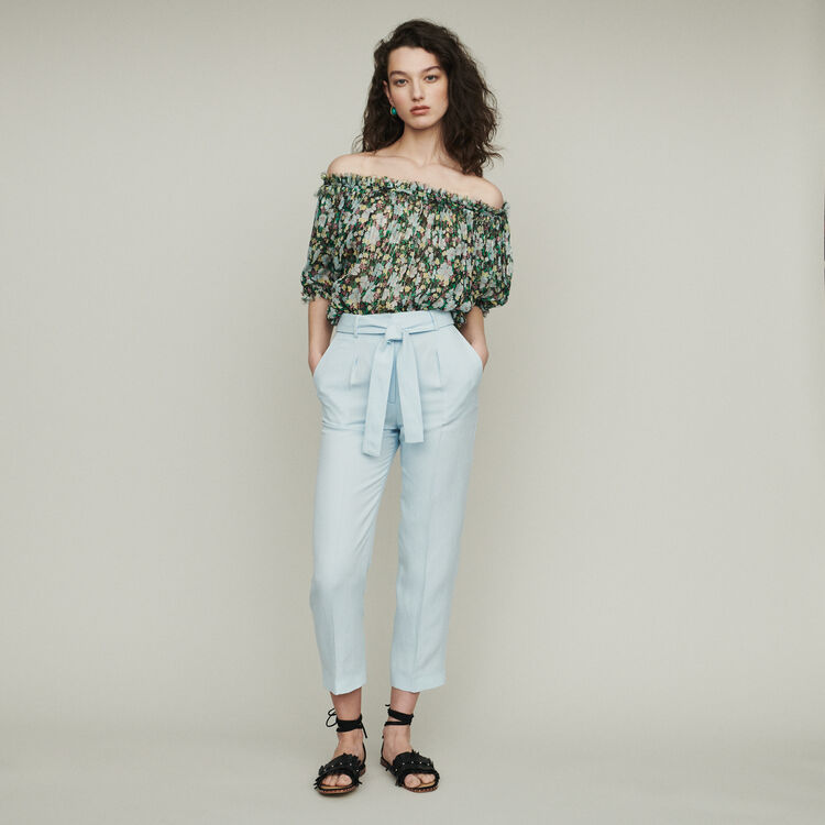 Pantalón con pinzas : Pantalones y Jeans color Azul Celeste