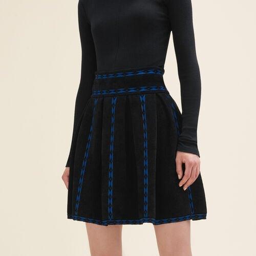 Falda de punto de jacquard : Faldas y shorts color Negro