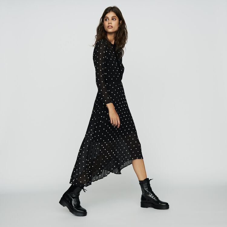Vestido largo plisao con bordados : Vestidos color NEGRO